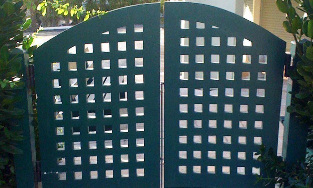 Pedestrian Gate 13