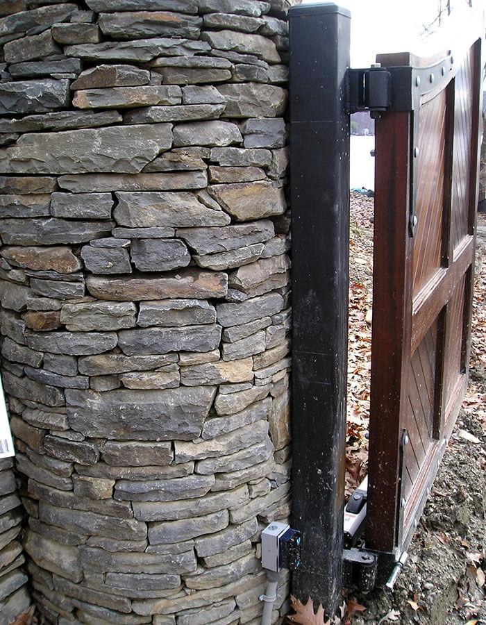 Pillar Photo 10